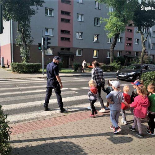 Z przedszkolakami o bezpieczeństwie na drodze